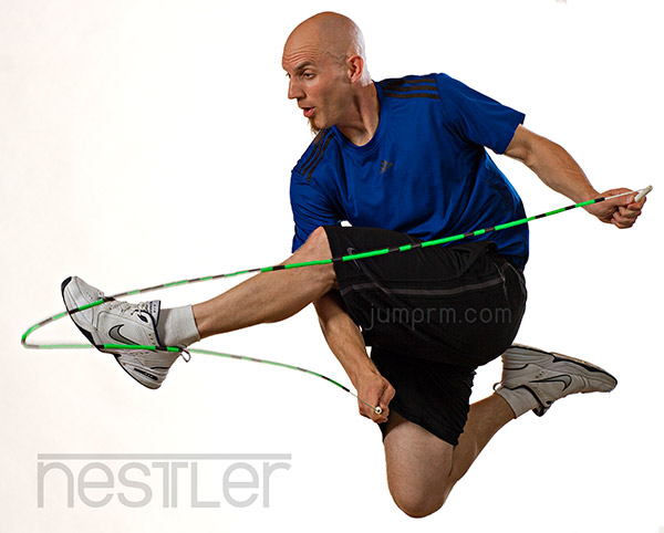 health effects of jumping rope However, concerning the health benefits of jumping rope, the individual practice  of this exercise is the focus although the movement seems.